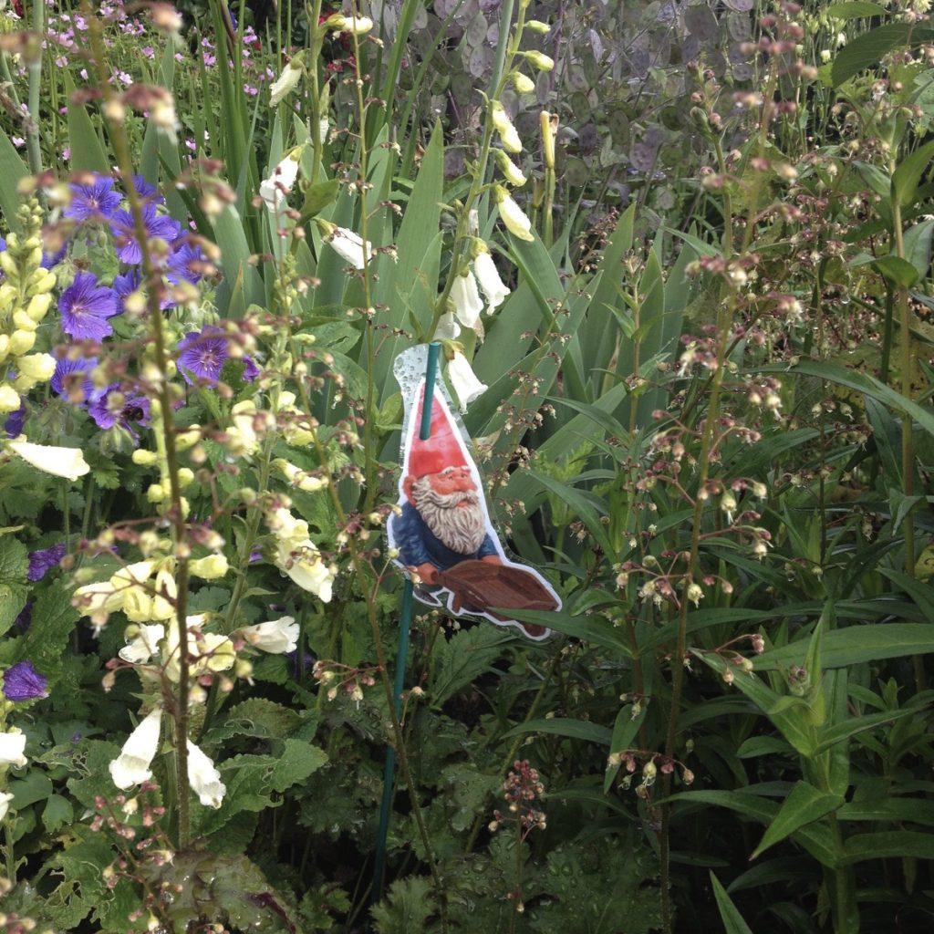 Open garden gnome